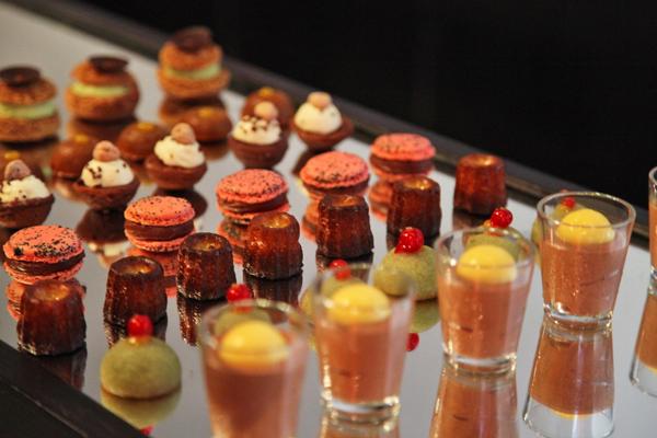 Murano-Paris-Brunch-Silencio-Hotels-luxe-buffet-sucré