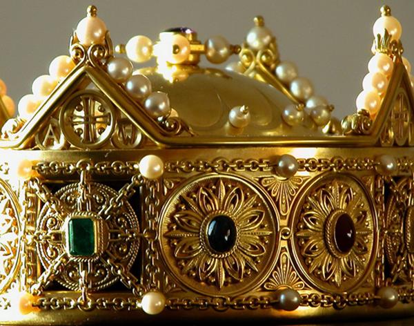 detalle corona santa maria la real navarra