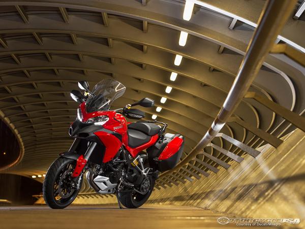 13_Ducati_Multistrada_1200_S_Touring_31