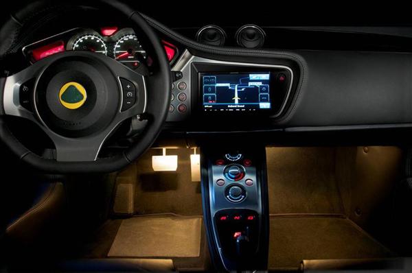 2013-Lotus-Evora-interior