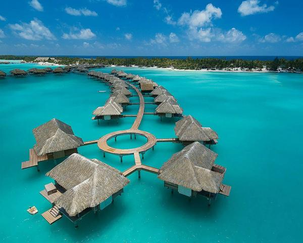 Four-Seasons-Resort-Bora-Bora-French-Polynesia-11