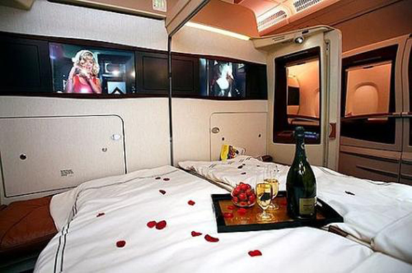 Singapore_Airline_Bedroom_Class-