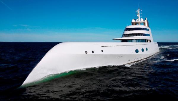 mega-yacht-andrei-melnichenko-