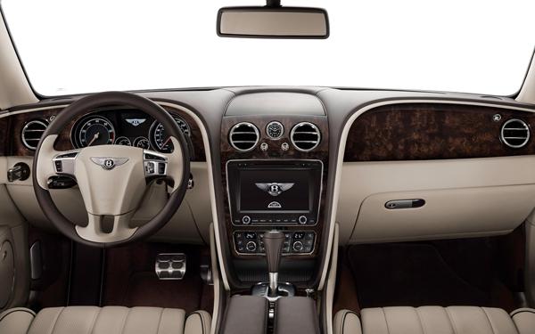 2014-Bentley-Flying-Spur-cockpit
