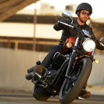 2014-yamaha-xvs1300-custom-eu-liquid-copper-action