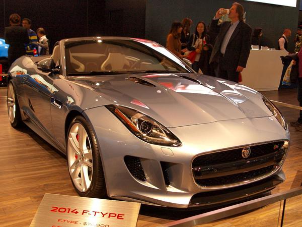 1280px-CIAS_2013_-_2014_Jaguar_F-Type_Convertible