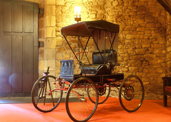 coches antiguos-torre-loizaga-galdames-enkarterri