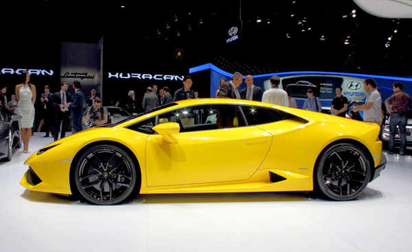 El Esperado Lamborghini Hurac 225 N Lp 610 4 Blogs De Lujo Y Estilo De Vida