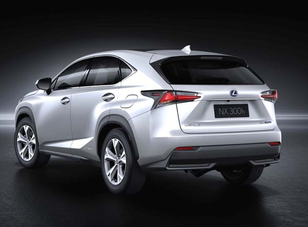 2015-lexus-nx-300h-hybrid-rear-static