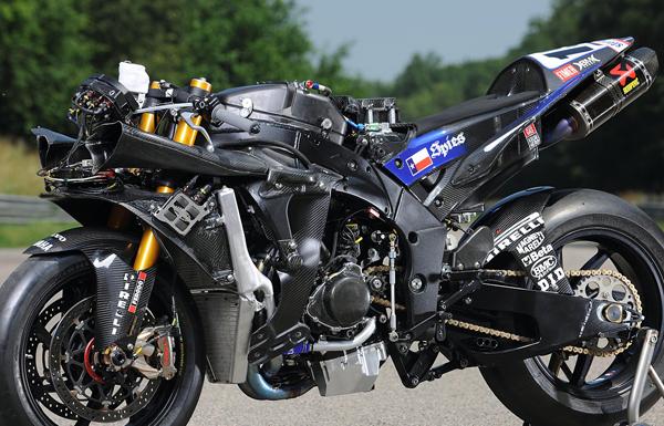 Yamaha_r1