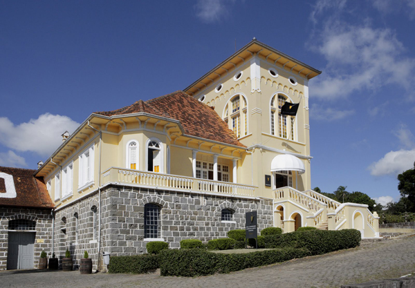 fachada peterlongo