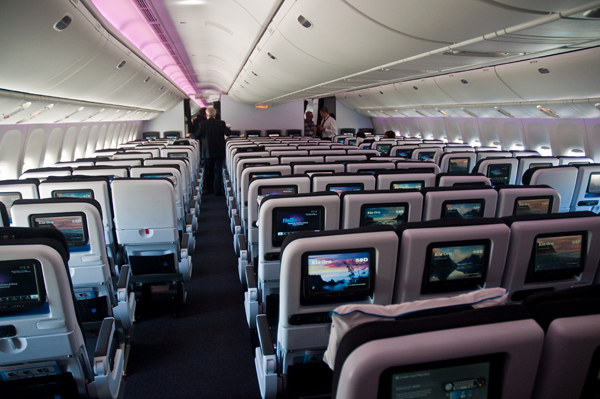 Air_New_Zealand_Pacific_Economy_777-300ER_cabin