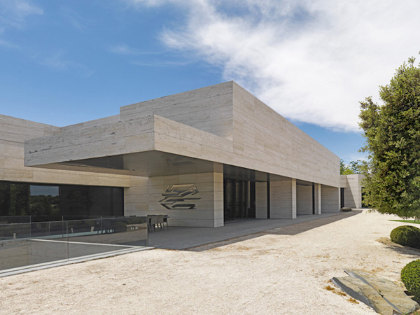 La-Finca-Estate4