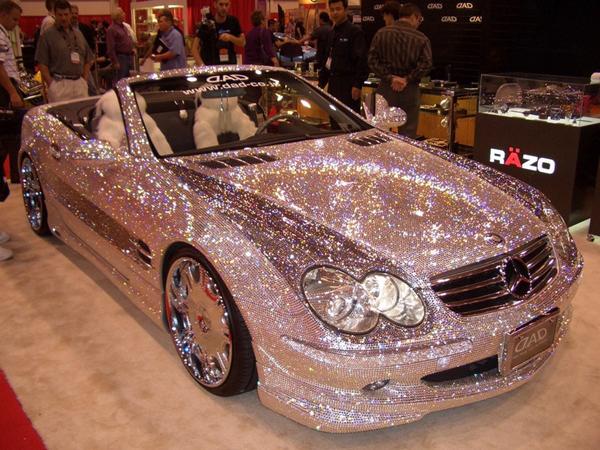 Doble lujo con Mercedes y Swarovski