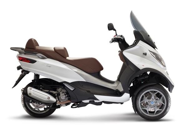 new_piaggio_mp3_300_abs-asr (1)