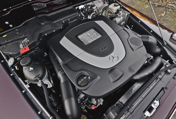 Mercedes-Benz-G-Class-V8 motor