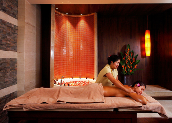 04-centara-grand-beach-resort-phuket-spa-cenvaree-1