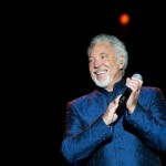 Sir Tom Jones vivito y peleón