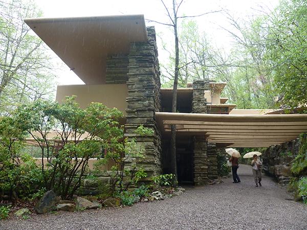 casa de la cascada wright