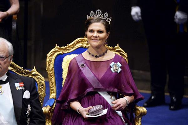 nob 02 Crown-Princess-Victoria-1