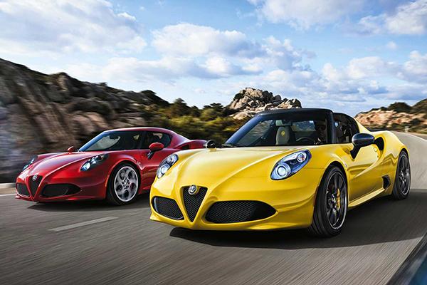 01_Alfa_Romeo_4C_Spider_Coupe_2015