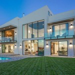 La familia de John Legend compra la ex casa de Rihanna