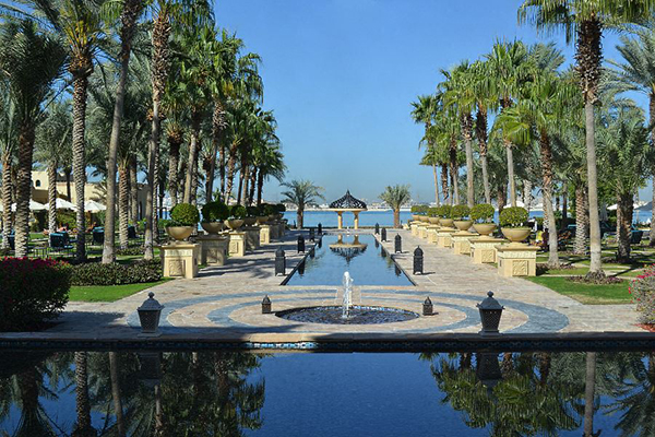 The-Palace-gardens-Royal-Mirage-Dubai-Luxury-hotel