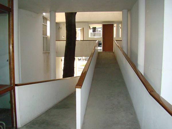 interior casa curutchet