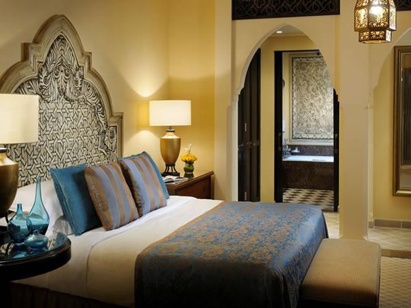 royal mirage room
