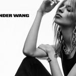 Wang estrena joyería tras el misterio del brazalete de Balenciaga