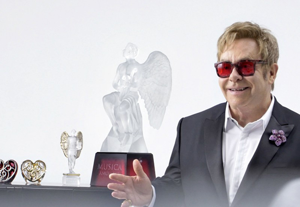 elton-john-for-lalique1-800x550