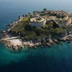 Isla Mamula de Campo de Concentración a Resort de Lujo