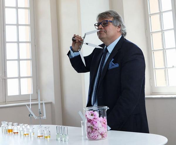 Les-Parfums-Louis-Vuitton-10