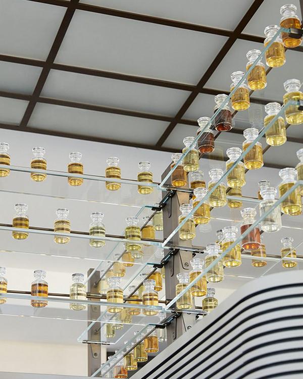 Les-Parfums-Louis-Vuitton-8-819x1024
