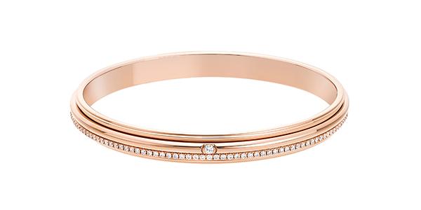 piaget-possession-il-gioiello-talismano-un-semplice-gesto-e-il-mondo-e-tuo-g36py419