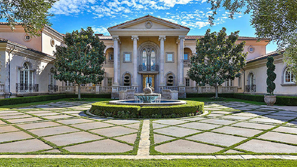 Britney-Spears-Thousand-Oaks-Villa-Facade