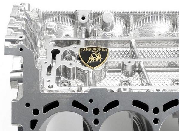 Lamborghini-V10-Engine-Coffee-Table-1