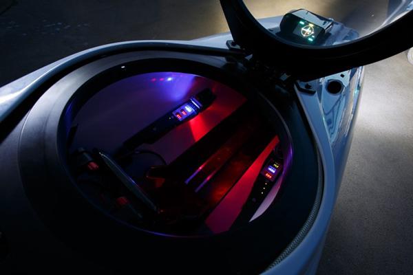 Laucala-Island-DeepFlight-Submarine-Cockpit-700x0