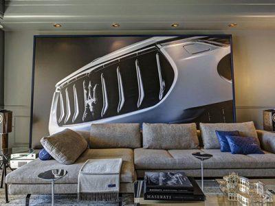 Disfrutando la lujosa Suite Maserati del HPMC