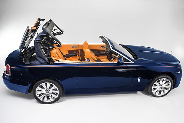 rolls-royce-dawn-makes-full-debut-steals-the-show-for-s-class-cabriolet