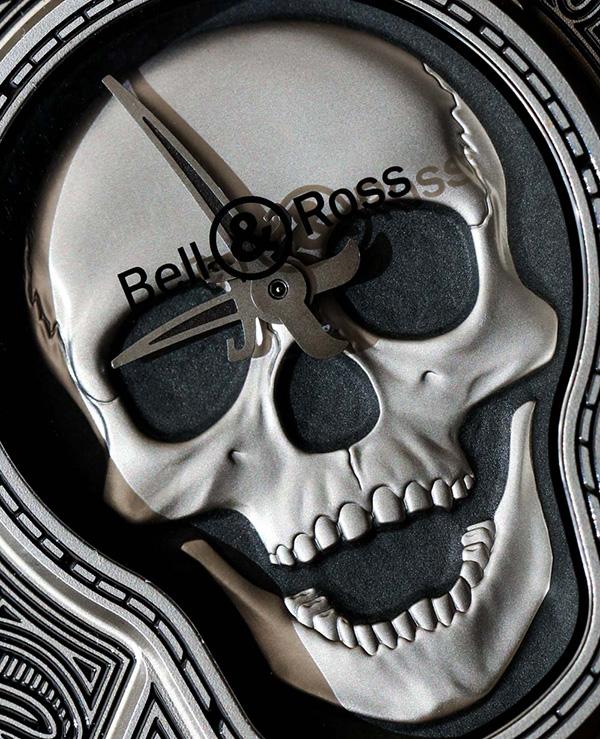 bell-ross-br01-burning-skull-watch-4
