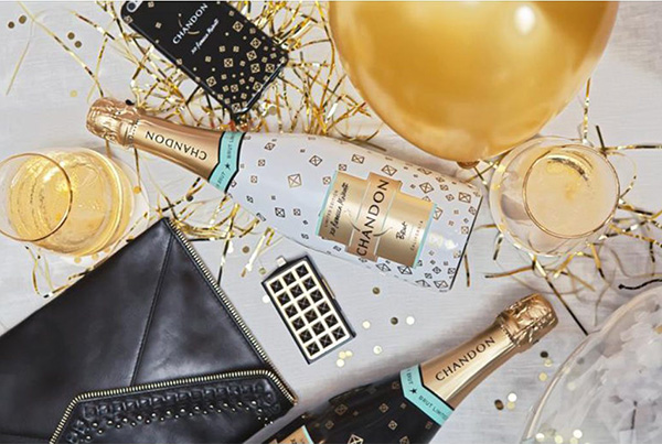 Champagne Moet Chandon edición limitada de Rebecca Minkoff