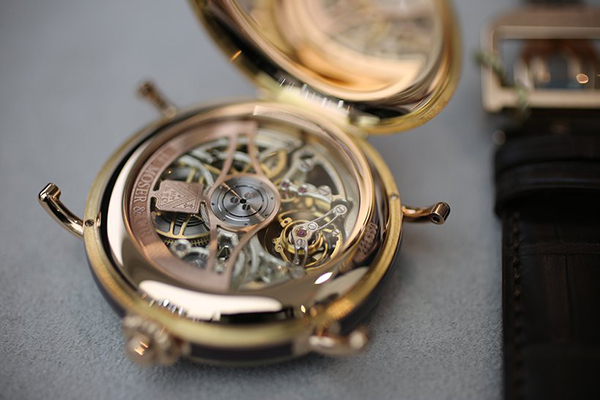 reloj-h-moser-heritage-tourbillon-skeleton-03