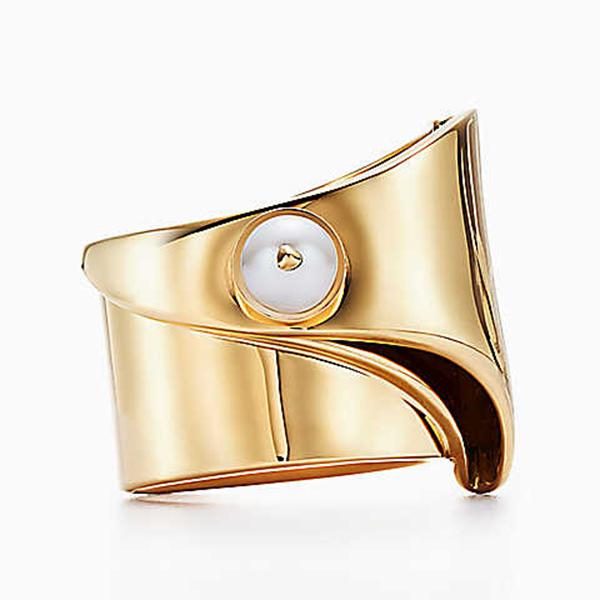 0d5883a07298 Nueva colección de joyas Eddie Borgo para Tiffany   Co. - estilos de ...