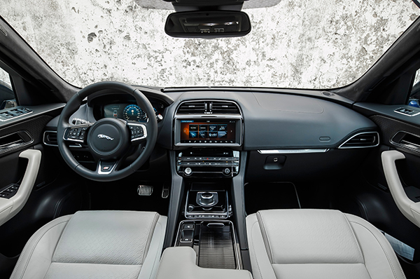 2017-Jaguar-F-Pace-First-Edition-interior