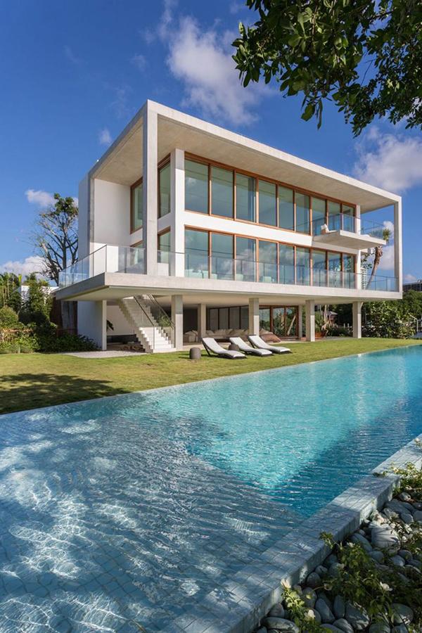 Casa Bahia - Coconut Grove Waterfront Estate On Sale For $50 Million