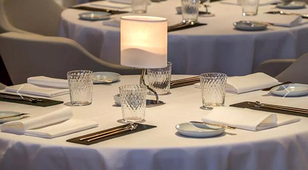 gabriel-kreuther-restaurante-nueva-york-sala-mesas