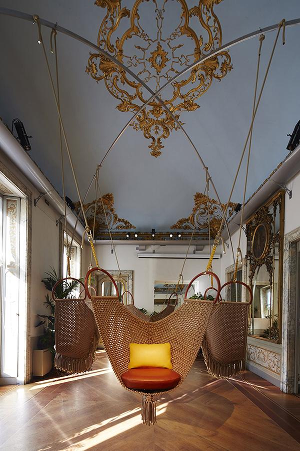 objetos-nomadas-louis-vuitton-swing chair-patricia-urquiola