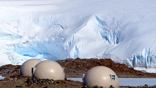 antarctica-whichaway-camp-sleeping-pod-infront-of-the-icefall 02