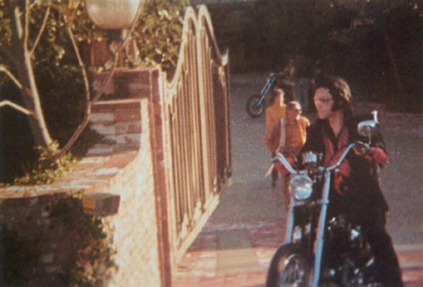 elvis-mansion-1971